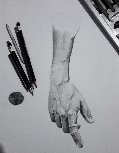 Kresba mužské ruky